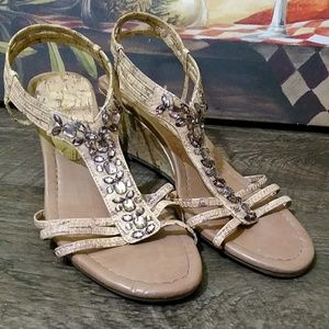 """Jaclyn Smith wedges 2"""""""